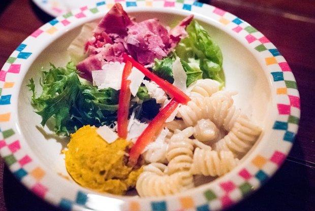 grandma-saras-tokyo-disneyland-restaurant-015