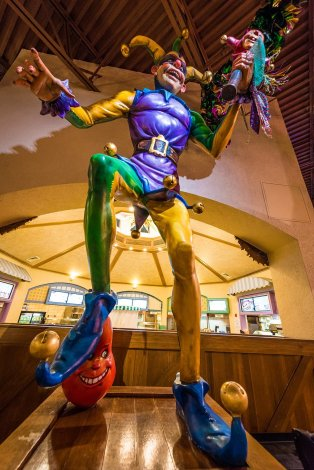 sassagoula-float-works-port-orleans-french-quarter-disney-world-restaurant-014