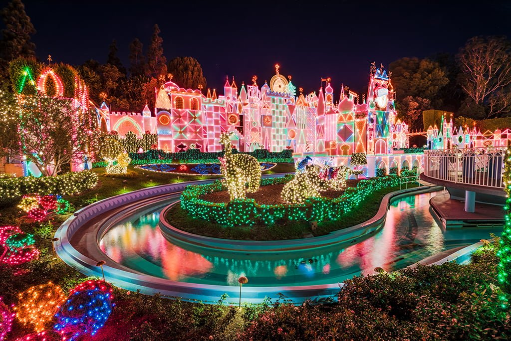 small world side view exterior disneyland 2015 - Disneyland Christmas Decorations
