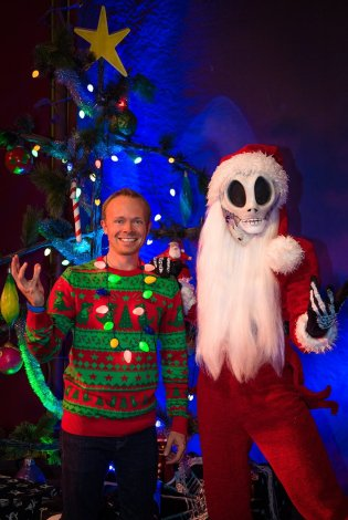 sandy-claws-jack-skellington-tom-bricker-disney-world