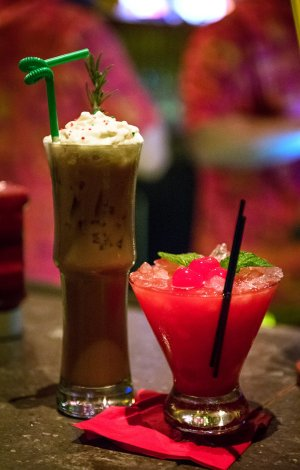 trader-sams-christmas-drinks
