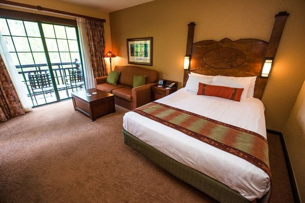 villas-wilderness-lodge-disney-world-deluxe-studio-011