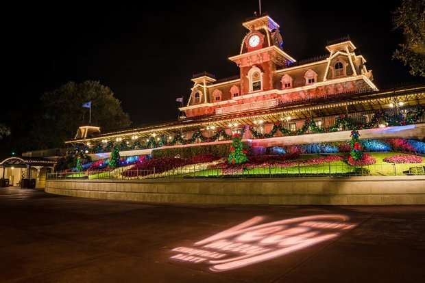 walt-disney-world-christmas-pictures-055
