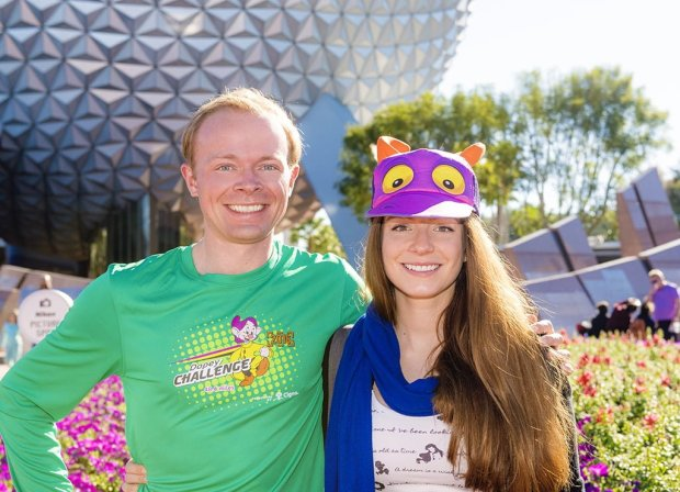 sarah-tom-bricker-epcot-sse-goofy