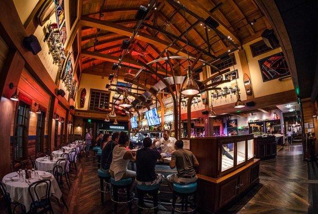 the-boathouse-disney-springs-restaurant-024