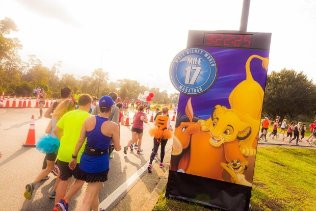 walt-disney-world-2016-marathon-bricker-026