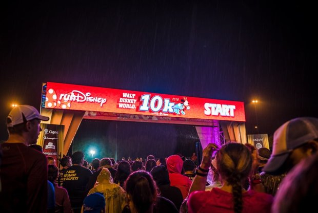 walt-disney-world-marathon-2016-10k-013_1