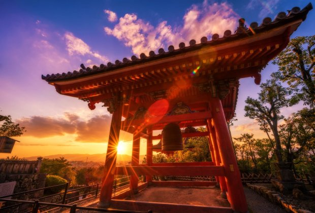 Kiyomizu-dera-temple-sunburst-kyoto-japan-soft-light copy
