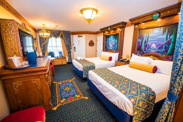 royal-room-port-orleans-riverside-disney-world-hotel-003