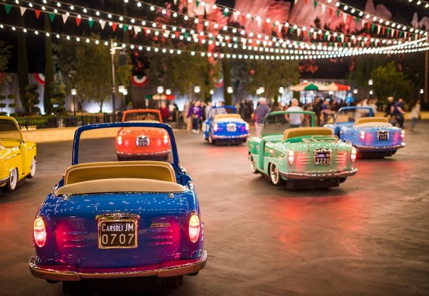 luigi's-rollicking-roadsters-night-shallow