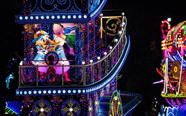 renewed-dreamlights-tokyo-disneyland-night-parade-014