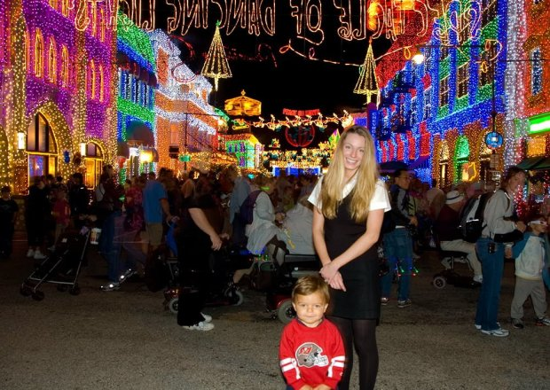sarah-bricker-osborne-lights-random-kid