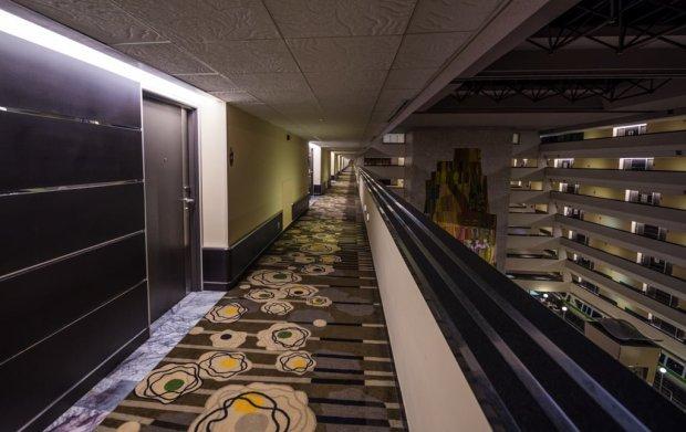 contemporary-resort-hotel-a-frame-disney-world-010