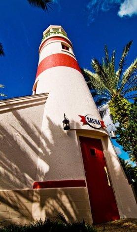 old-key-west-pool-lighthouse-sauna