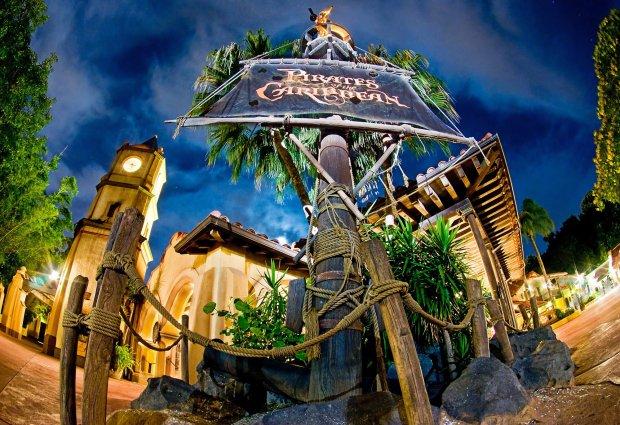 pirates-caribbean-night-exterior-disney-world-magic-kingdom-fisheye-bricker