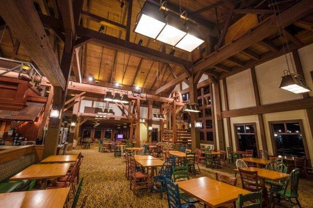 riverside-mill-port-orleans-food-court-022