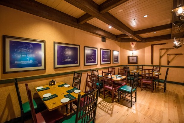 boatwrights-dining-hall-port-orleans-riverside-disney-world-restaurants-003