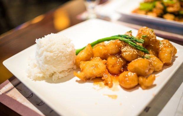 nine-dragons-restaurant-china-epcot-world-showcase-walt-disney-world-005