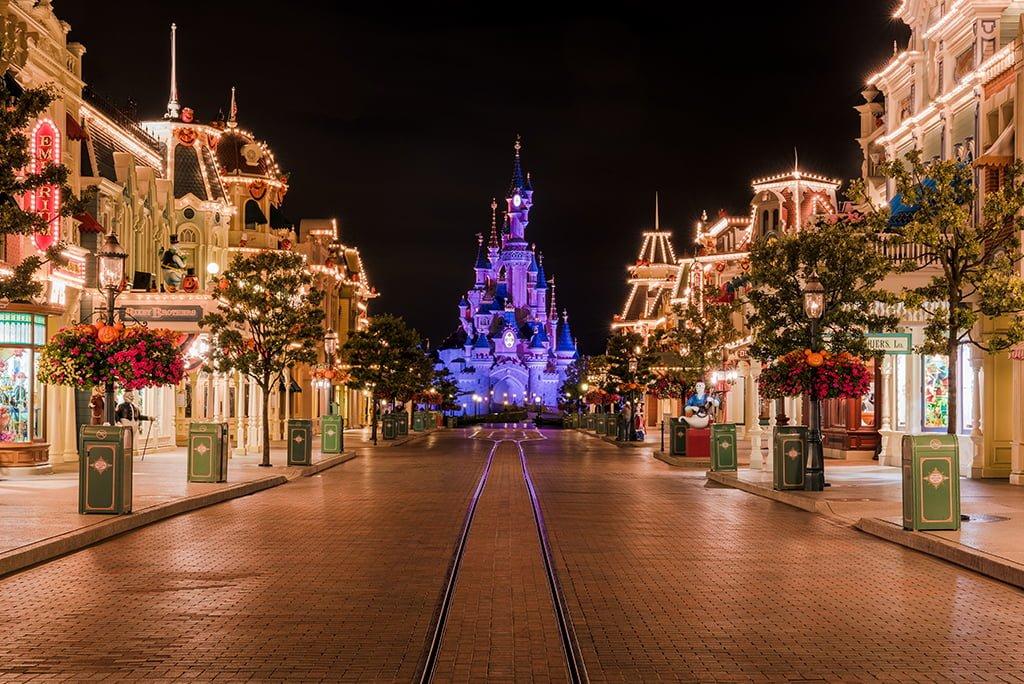 Free Disney iPhone Wallpapers , Disney Tourist Blog
