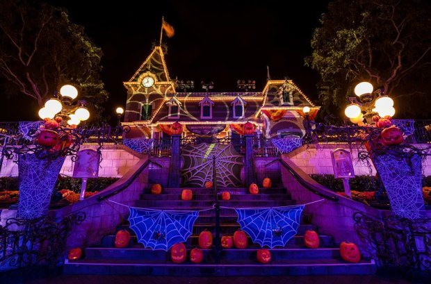 mickeys-halloween-party-disneyland-057