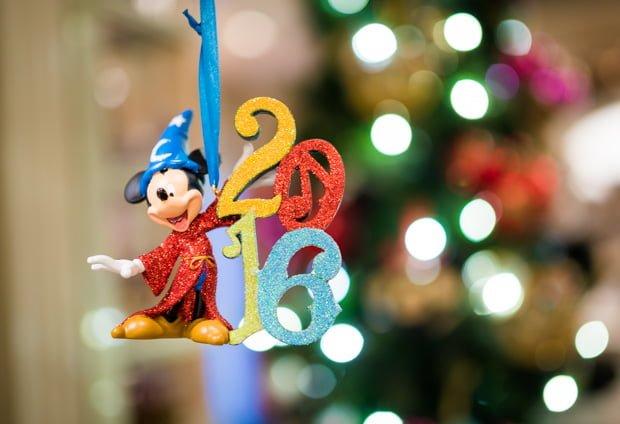christmas-2016-merchandise-disney-world-disneyland-017