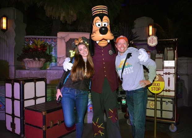 sarah-tom-bricker-bellhop-goofy-tower-of-terror-disney-california-adventure-dvc-party