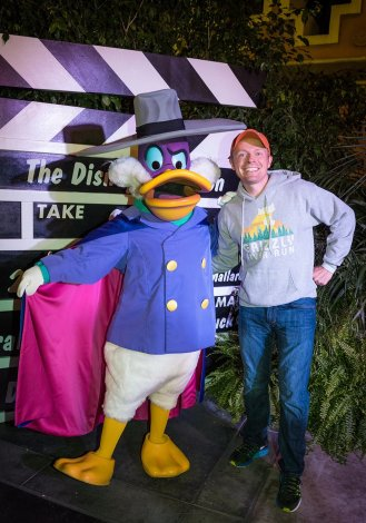 tom-bricker-darkwing-duck-disney-afternoon-dca-dvc