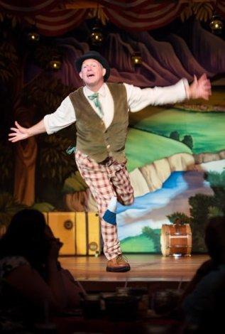 hoop-dee-doo-musical-revue-fort-wilderness-disney-world-dining-387