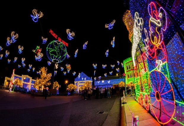 osborne-lights-mickey-mouse-train-peace