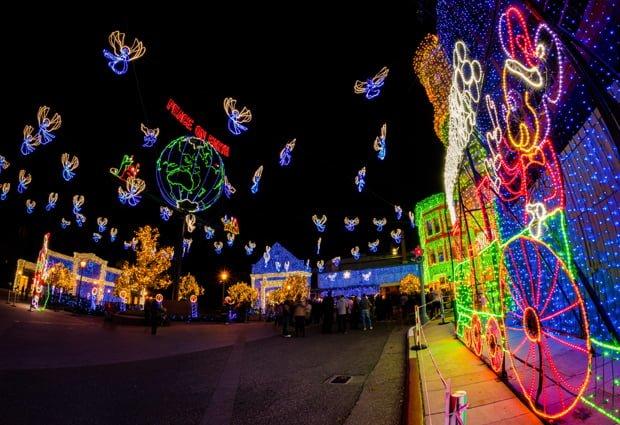 osborne-lights-mickey-mouse-train-peace