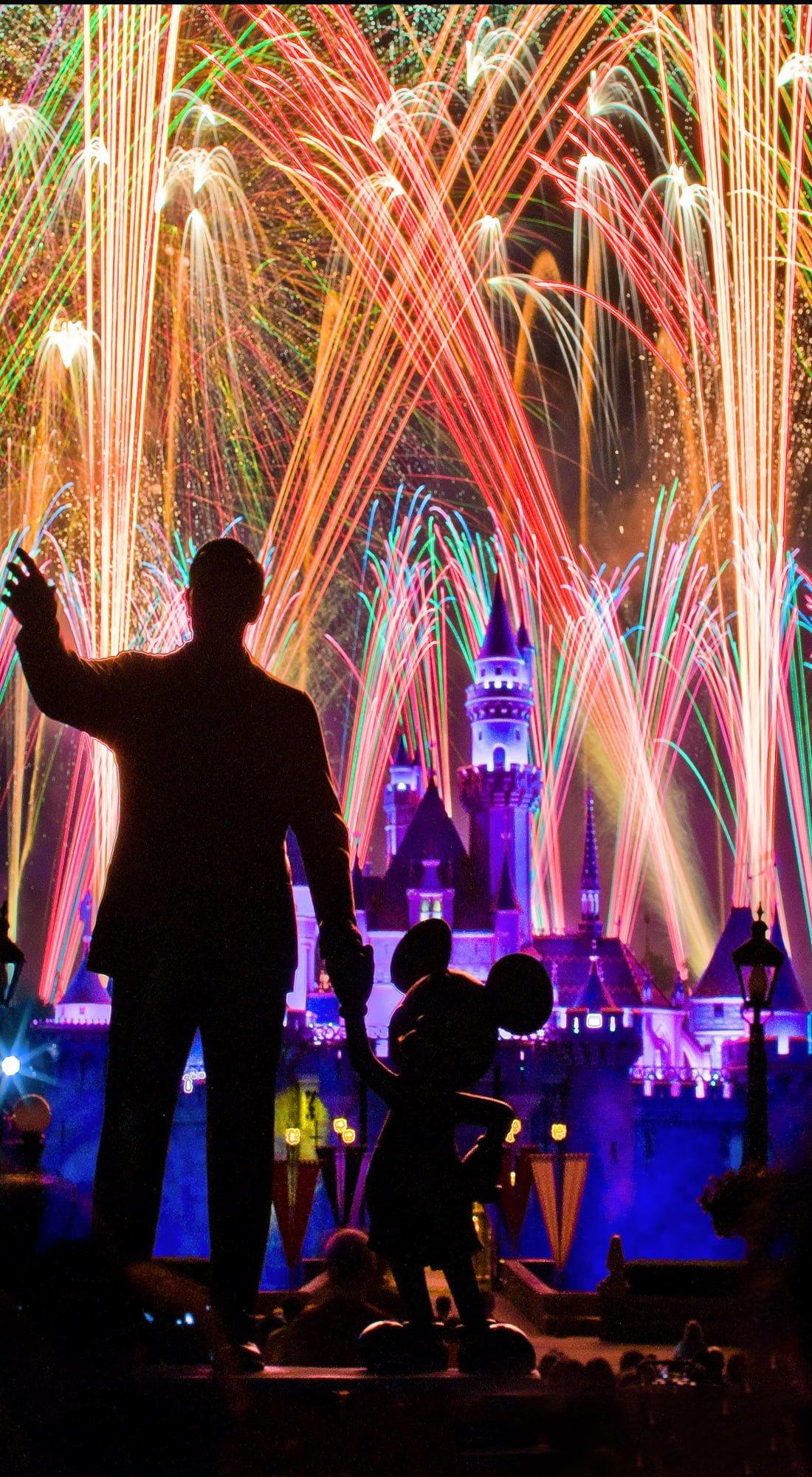 Free Disney Iphone Wallpapers Disney Tourist Blog