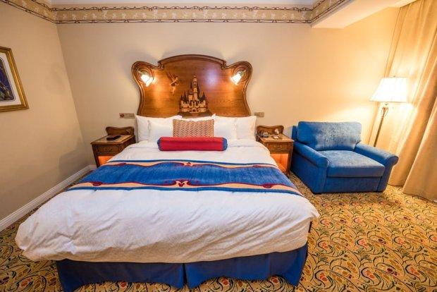 shanghai-disneyland-hotel-room-interior-018