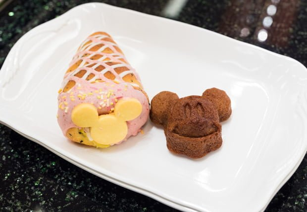 tick-tock-diner-disneys-ambassador-hotel-tokyo-disney-resort-297