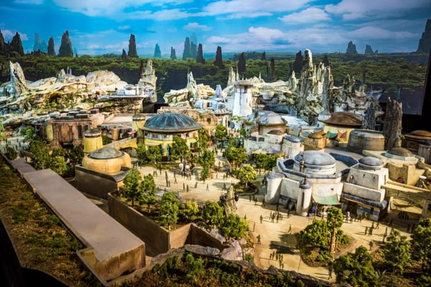 Star Wars: Galaxy's Edge Opening Seasons & Other Updates ...
