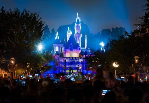 First time disneyland mistakes disney tourist blog weve all been rookies experiencing something new at some point our first trip to disneyland was a comedy of errors as we thought we were disney pros publicscrutiny Image collections