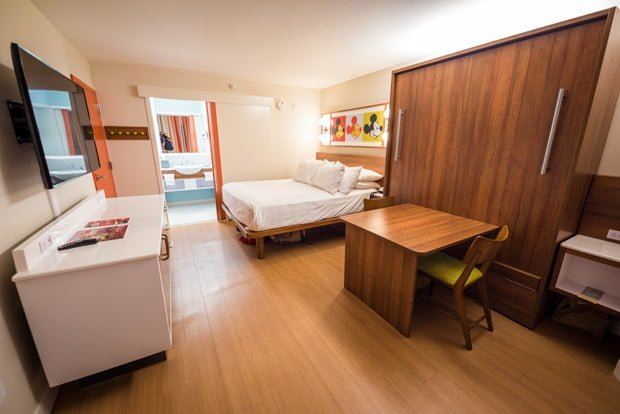 Photos video new rooms at pop century disney tourist blog pop art style meaning it satisfies both the thematic requirements and those who expect a dose of disney in their room should there be more arguably publicscrutiny Images