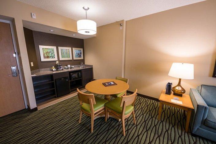 value suites green square reviews