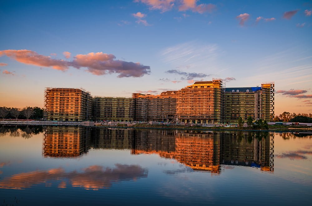c52464918 Our Disney Vacation Club Buying Guide offers money-saving tips