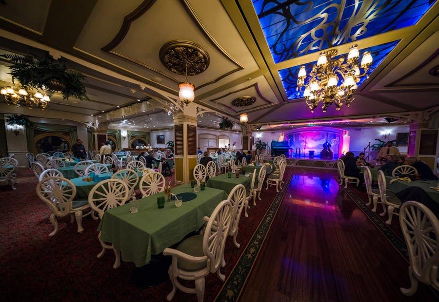 [News] Extension du Parc Walt Disney Studios avec nouvelles zones autour d'un lac (2020-2025) - Page 2 Tianas-place-princess-frog-restaurant-disney-cruise-line-wonder-dcl-814