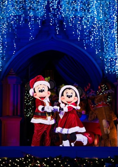 Mickeys Very Merry Christmas Party 2020 Reindeer Wranglers 2020 Mickey's Very Merry Christmas Party Dates, Info & Tips