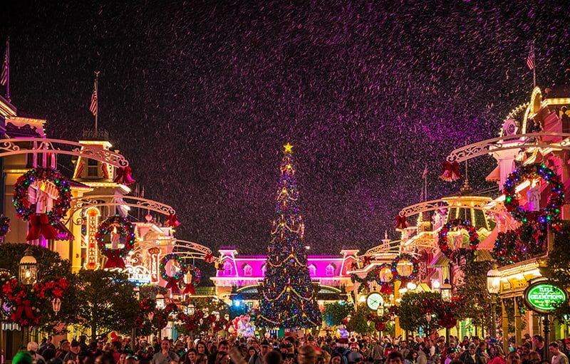Disney World Christmas 2020 December 2020 at Disney World: Crowd Calendar & Info   Disney