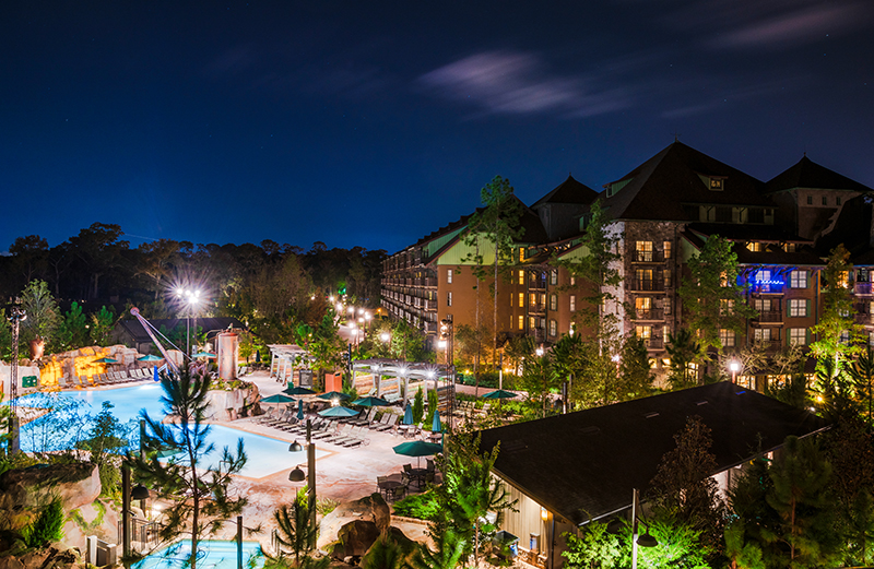 This image has an empty alt attribute; its file name is pool-copper-creek-villas-wilderness-lodge-disney-world-444.jpg