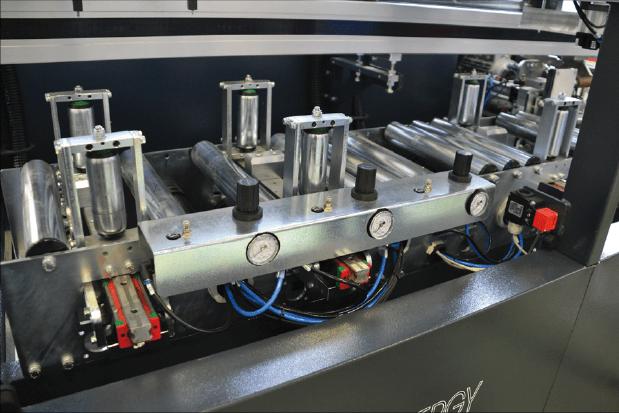 Centro de mecanizado para marcos de PVC ASG-F
