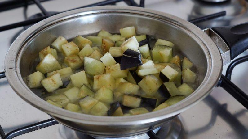 maccheroni alle melanzane fritte