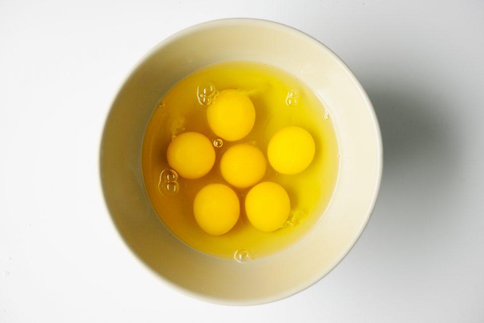 uova crude tiramisu