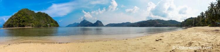 El islote de Depeldet y la playa de las Cabañas