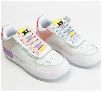 Hebillas personalizadas para los cordones de tus zapatillas 7