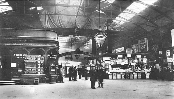 http://www.disused-stations.org.uk/f/fenchurch_street/fenchurch_street(c.1905alsop)old1.jpg