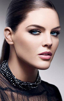 cat eyes Estee Lauder