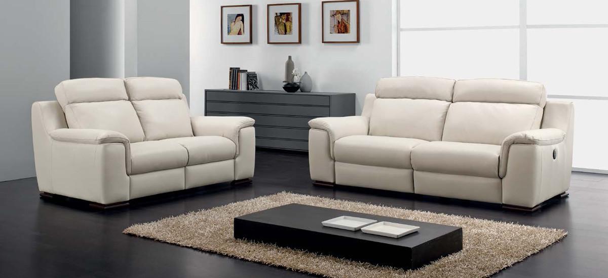 Cucine moderne componibili, divani, living, poltrone, camere e camerette per bambini, letti e cabine. Divani Design